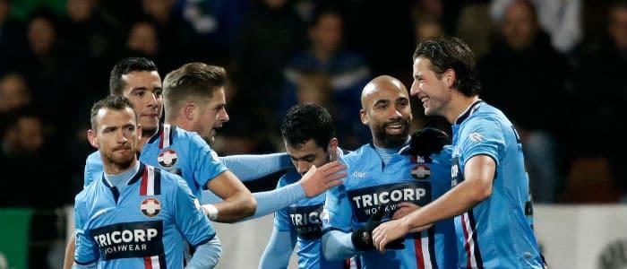 Speelronde 15 - Dordrecht v PSV en Ajax v Willem II VI Images