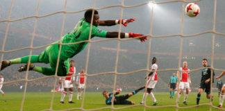 Onana wil weg bij Ajax, FC Twente dumpt td Ted van Leeuwen