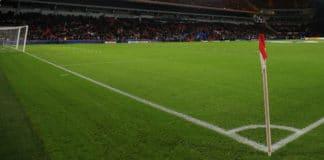 Weer averij PSV in Eredivisie - Ajax verhoogt voorsprong