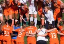 Eredivisie voor vrouwen en Sarina Wiegman trainer van mannenploeg? | GEtty