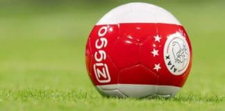 Eredivisie speelronde 10: Ajax komt drie punten los van PSV