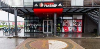 Feyenoord seizoenskaarten verkoop stagneert