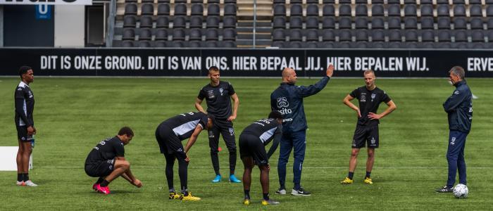 Transfer Cyriel Dessers van Heracles naar Genk   Feyenoord vernieuwt