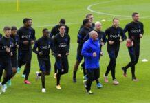 Transfers: PSV lonkt naar Steven Berghuis, Ajax grijpt Sulemana